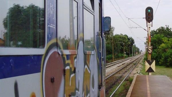 """Putnički vlak """"Mađar"""" na stanici u Podsusedu, © zeljeznice.net, tramvajac"""