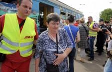 Unesrećenim putnicima je na mjestu nesreće pružena medicinska pomoć ©novosti.rs